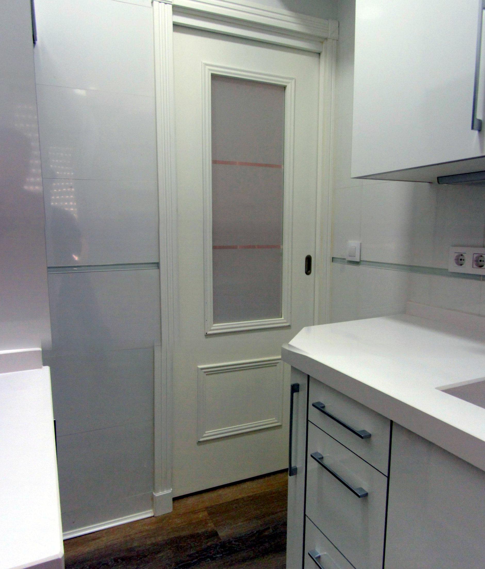 Suelo laminado cocina diseo de interiores madera dura - Suelos laminados cocina ...