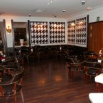 Reforma bar clásico estilo inglés