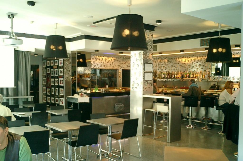 Cafeter A Con Reforma De Decoraci N Reformark