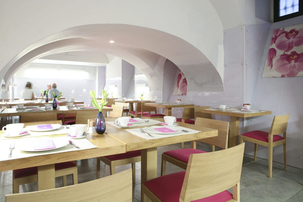Restaurante abovedado Rehabilitacion en madrid